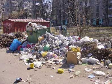 В Брянске продолжают гореть мусорные контейнеры