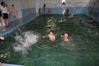 В брянской школе № 60 за 6,5 миллиона отремонтировали бассейн