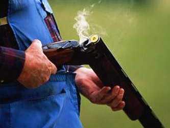 Брянский участковый обезвредил  дебошира, расстрелявшего собутыльника