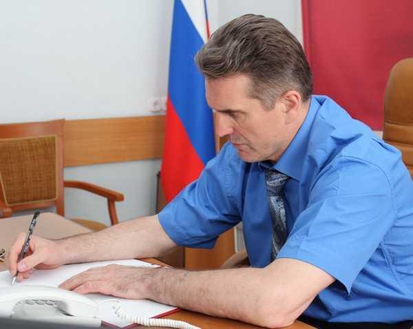 Начальник УМВД Валентин Кузьмин провел «прямой провод» с брянцами