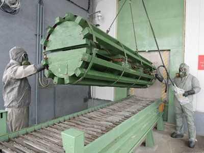 Губернатор и министр промышленности начали искать применение заводу химоружия