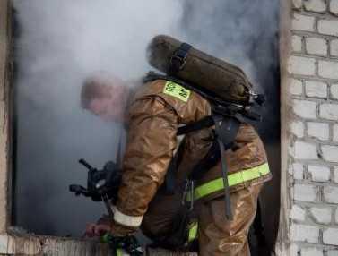 Жители брянской Липовки спалили кухню-сарай