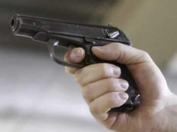 В брянском тубдиспансере задержали вооружённого пистолетом дебошира