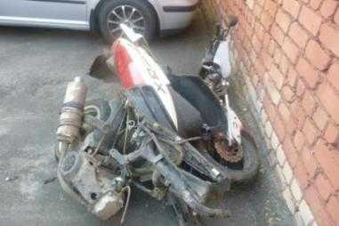 В Брянске   «Лада» сбила 16-летнего мотоциклиста