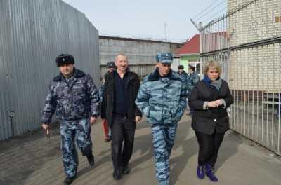 Заключённые брянской колонии заявили, что их избивали в присутствии  прокурора