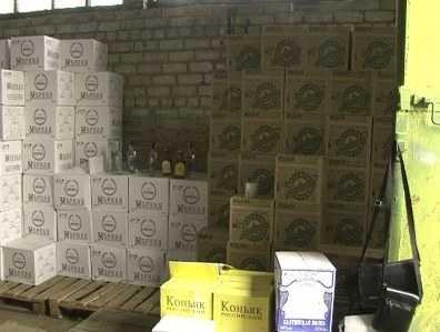 В Брянске  задержали вооружённых торговцев смертельно опасным алкоголем