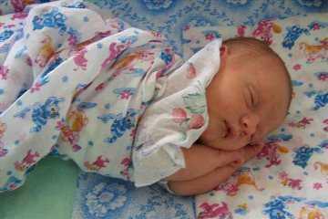 Брянские следователи выясняют причину смерти  4-месячной девочки