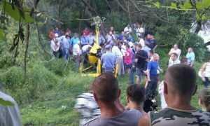 Пилот упавшего в Брянске вертолета сказал, что его напарник тоже выплыл