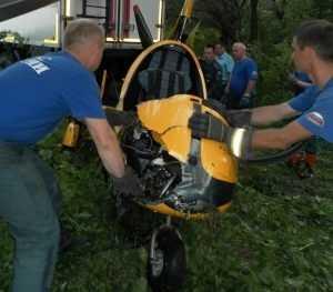 В Брянске возобновлены поиски пилота упавшего в Десну автожира