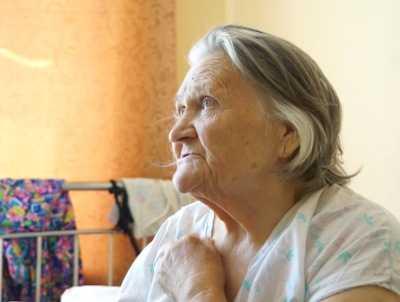 Карачевские разбойники избили и ограбили брянскую пенсионерку