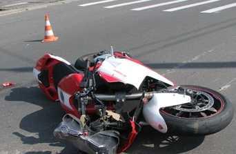 В Дятькове попавшему в ДТП мотоциклисту оторвало ногу