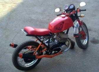 На трассе под Брянском  опрокинулся мотоцикл с подростками