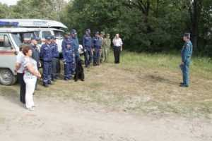 Заблудившуюся в лесу  жительницу  брянской деревни разыскали спасатели