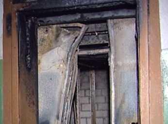 В брянской девятиэтажке  ночью сгорел лифт