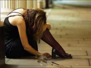 Полиция ищет водителя, сбившего пьяную брянскую  даму