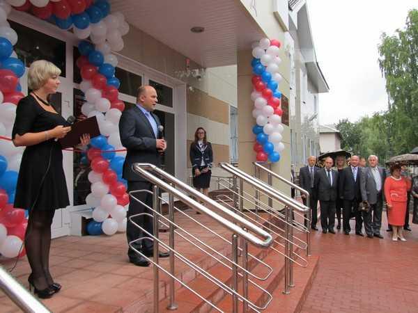 В Жуковке партийную рухлядь превратили в дворец правосудия