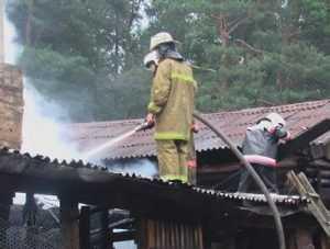 Дети сожгли в Дятькове баню