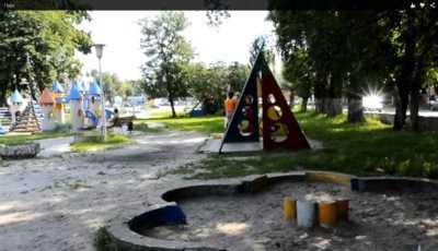 В брянском парке машина с кавказцами сбила двухлетнего ребёнка