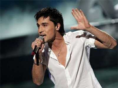Дима Билан осудил брянских фанаток, сорвавших его концерт