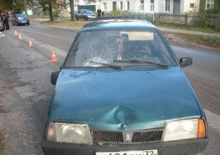 В Брянске 19-летний водитель сбил мужчину