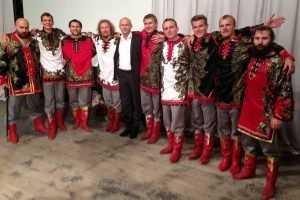 Валуев напоил чаем мэра Стародуба и стал славить «Бабкиных внуков»