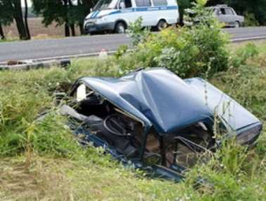 При столкновении легковушек  под Брянском  погибли двое парней