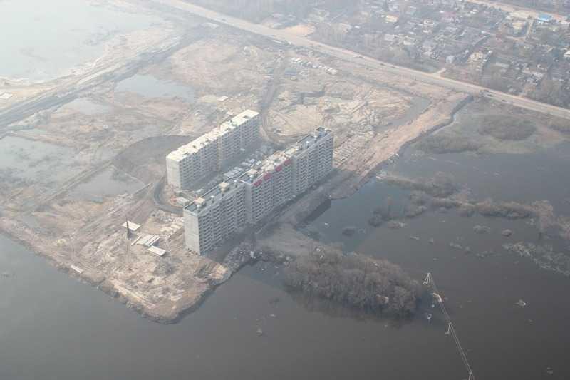 Амур в Брянске: брянские строительные компании закрывают проекты в поймах (ФОТО)