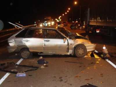 Под Брянском легковушка с таджиками протаранила два автомобиля