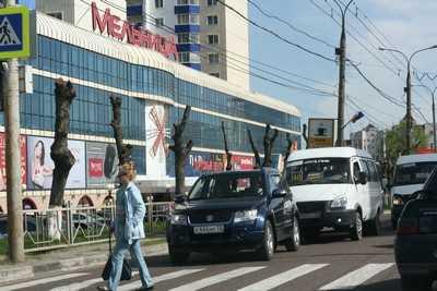 Вместо надземного перехода в Брянске соорудили светофор
