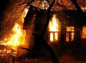Во время пожара в брянском посёлке погиб пенсионер
