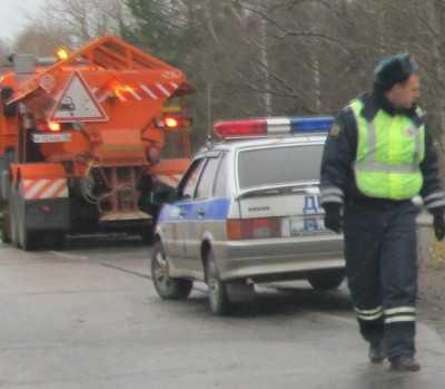 В Брянске водитель «Ауди» вытолкнул «Альфу Ромео» с дороги