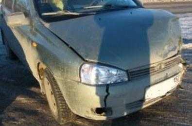 Юный брянский лихач на «Ладе» врезался в забор и попал под арест