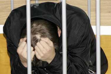 Педофила,совращавшего брянских школьниц, всё же арестовали