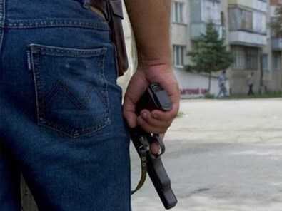 Изнасиловать девушку во дворе брянского дома не позволили случайные свидетели