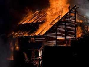 Ночью в  брянском посёлке сгорели два человека