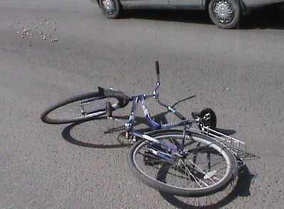 В Суражском районе иномарка насмерть сбила велосипедиста