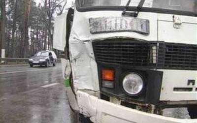 В Унече  автобус сбил на тротуаре бабушку