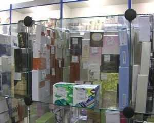 В Унече полиция пресекла торговлю поддельной парфюмерией