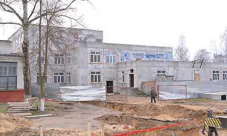 Брянский губернатор сорвал свое обещание о пристройке к школе 43