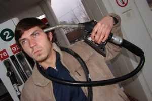 Бензин подорожает в 2014 году на 10 процентов