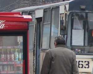 Власти испугались остановки троллейбусов и пообещали оплатить долги