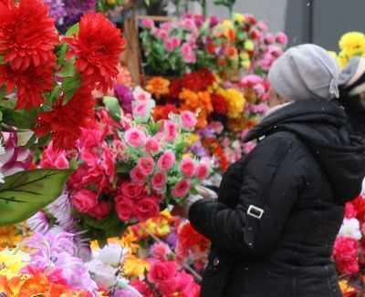Брянец, ограбивший продавщицу цветов, сел на три года