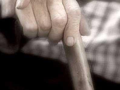 Безногий брянский старик убил костылём безрукого собутыльника
