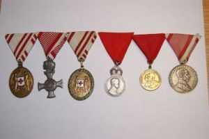 Через Брянск из страны незаконно пытались вывезти медали позапрошлого века