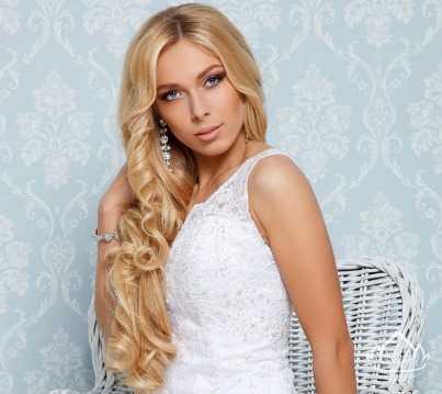Самой красивой блондинкой страны стала брянская красавица