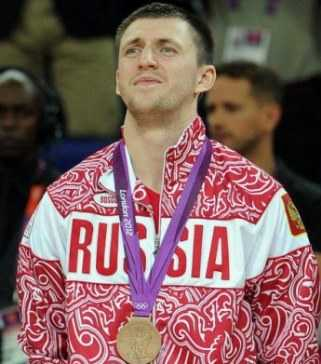 Брянскому баскетболисту Виталию Фридзону вернули олимпийскую медаль