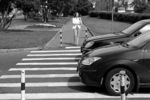 В Брянске иномарки сбили на «зебрах» двоих пешеходов
