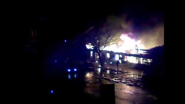 В Брянске сгорела часть авторынка