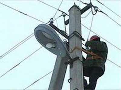Брянские энергетики восстановили электроснабжение, нарушенное непогодой