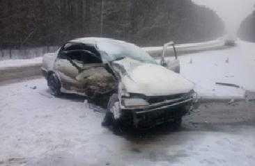 В ДТП около Дубровки двое погибли и двое пострадали